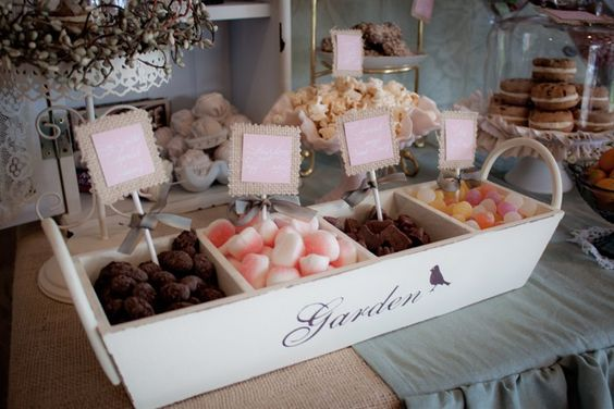 Love the burlap and pink food labels for this party!