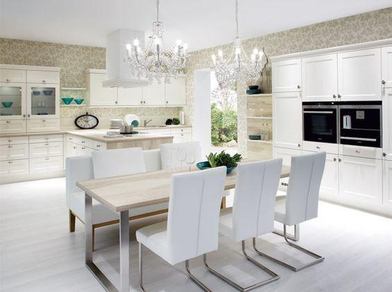 Landhausküchen- REDDY KüchenTrier