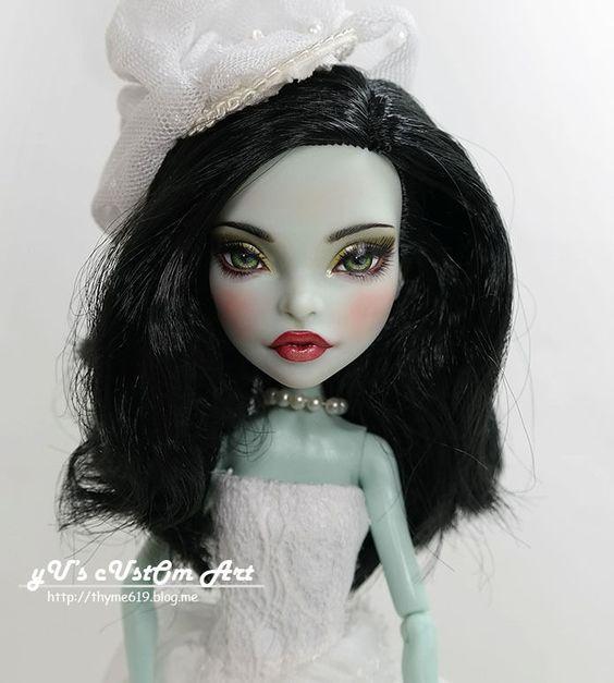 """** Libera ** 11"""" 1/6 OOAK custom Monster high Scarah Screams Repaint by Yu #Dolls"""