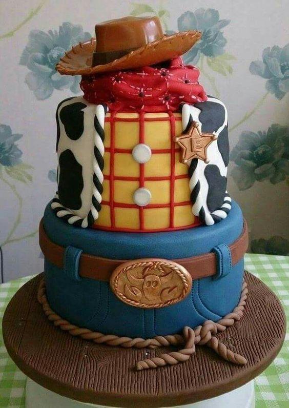 23 gâteaux de fêtes Disney incroyables