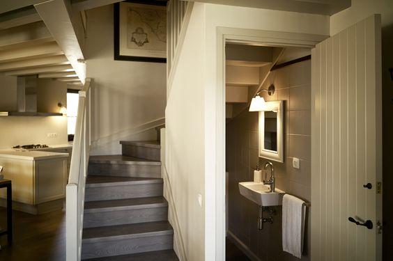 Baño Bajo La Escalera: el bajo de la escalera