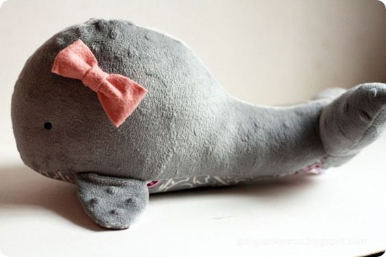 whale softie tutorial...wish I had time to make this!