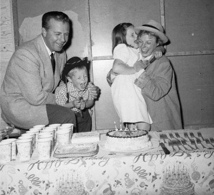 Dick Powell and children celebrating mom June Allyson's birthday in 1955 [ NineAndAHalfMonths.com ] #celebrities