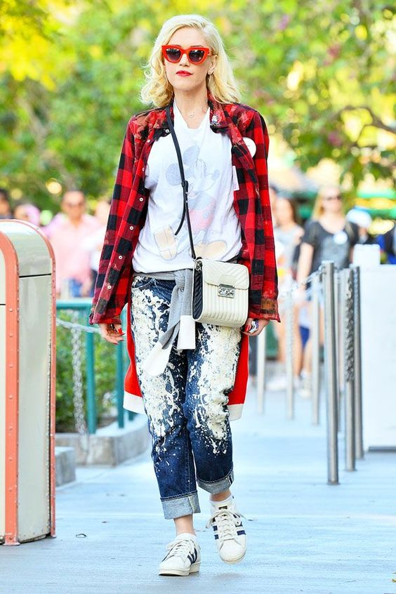 There's A Simple Formula Behind Gwen Stefani's Best Outfits  #refinery29  http://www.refinery29.com/2015/03/84103/gwen-stefani-best-outfits#slide-2  DIY it 'til you make it. Gwen revealed her artistic inclinations with a painted pair of boyfriend jeans from Rialto, switching up the monotony of indigo.Gwen is wearing Rialto jeans, adidas sneakers, and Quay Australia sunglasses. For a similar style, try: