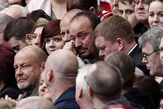 Rafael Benitez in tears at 2011 Hillsborough Memorial at Anfield ...