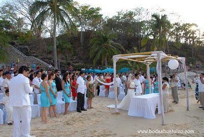 Ceremonia  ideal para tu boda en playa por Bodas Huatulco