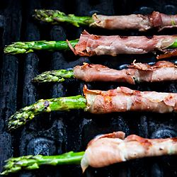 prosciutto wrapped asparagus with goat cheese:    Wrap asparagus with prosciutto with a little goat cheese. Drip olive oil and dash salt and pepper. Put in oven for 400 degrees for 20-25min!