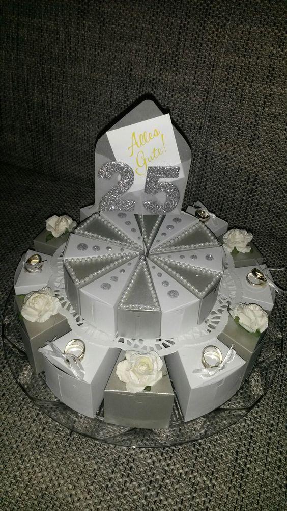 Torte zur silbernen Hochzeit aus Schachteln