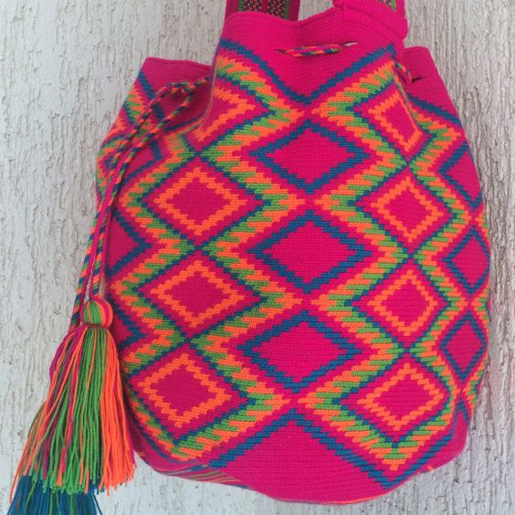 Sicodelica Mochila Wayuu by Arhuak on Etsy: