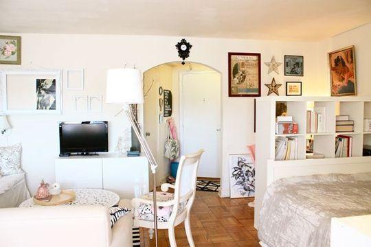 Caroline's Pint Size Studio's Living Room | Studio apartment, Apartments  and Layouts