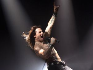 """Tom Cruise in """"Rock of Ages."""" it's your boyfriend again!"""