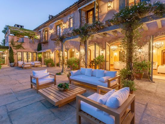 meghan markle and prince harry purchase montecito mansion dress like a duchess in 2020 rockbridge montecito california homes meghan markle and prince harry purchase