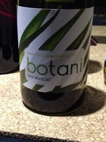 Jorge Ordonez Botani Dry Muscat 2012 Sensational Summer Wine; Light & Refreshing!