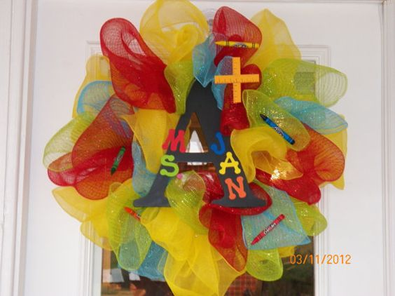 Teacher wreath.  Might have to try to make one for my room this summer.