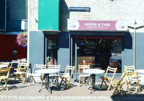 Kopi dan teh. Specialty? Hehe. Ehehhee. Ehehehehehe.  # #kopi #Indonesia #coffee #Utrecht