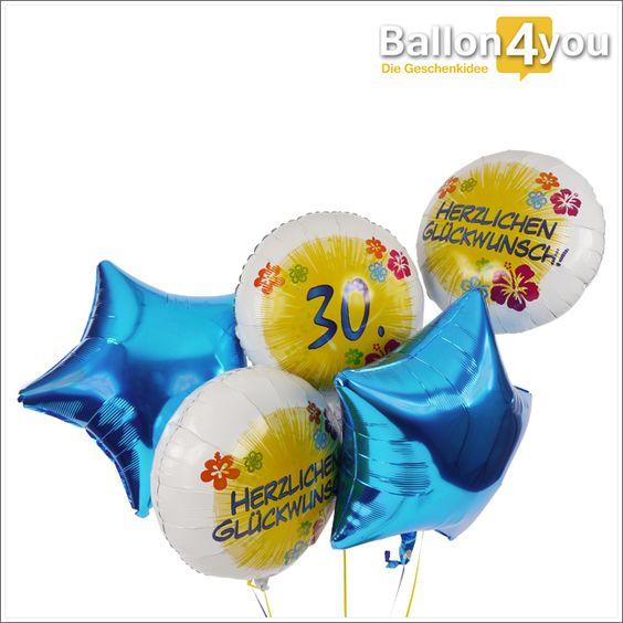 """Riesenbukett zum 30. Geburtstag  Ein großes Ballonbukett für jemanden zum 30. Geburtstag. Den Hauptakt spielt der Rundballon mit der großen 30. Begleitet wird er von zwei weiteren weißen Rundballons die """"Herzlichen Glückwunsch"""" in der Mitte tragen. Plus die strahlend blauen Sternballons als zusätzliche Dekoration. Dieser Ballongruß kann nicht übersehen werden und wird das Geburtstagskind begeistern."""