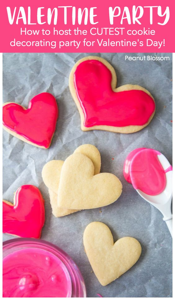 VALENTINE'S DAY PARTY IDEA: COOKIE DECORATING WITH KIDS