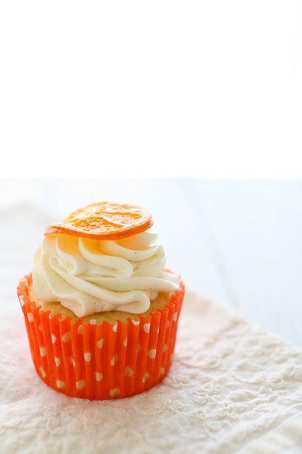 oh my.....these look so good.  Orange Vanilla Bean Cupcakes