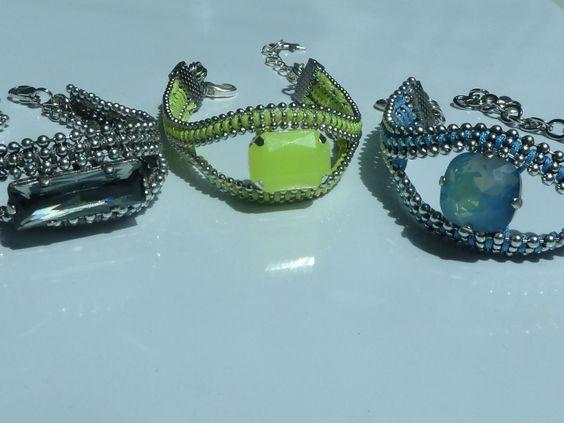 Tuto Bracelet : http://blog.uneaffairedefilles.fr/2014/06/29/tuto-diy-bracelet-joyau-tisse/