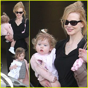 Nicole Kidman Keith Urban Family Flight Celebrity
