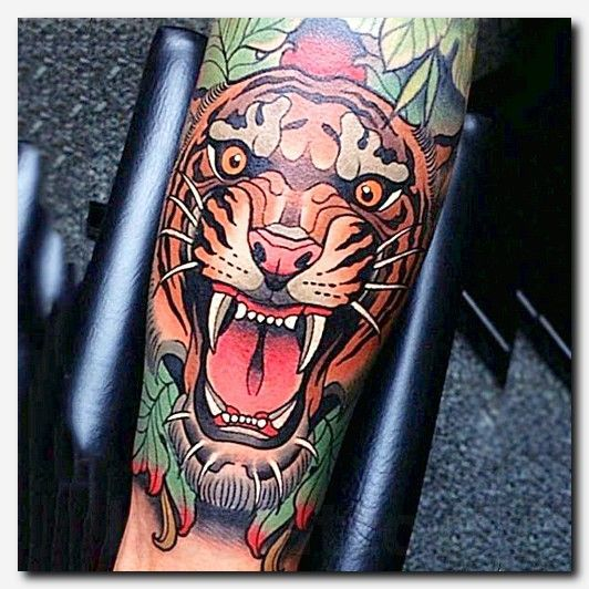 Tigertattoo Tattoo Best Tattoo And Piercing Shops Near Me Cover Up Tattoos On Thigh T Traditional Tattoo Design Traditional Tiger Tattoo Tattoo Designs Men