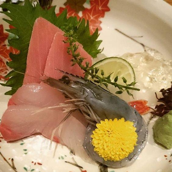 #sashimi #kaiseki #keyaki #Singapore #sgfoodie #sgig #懐石 #懐石料理 #日本料理 #シンガポール #お刺身 #欅 by sugarcureseverything