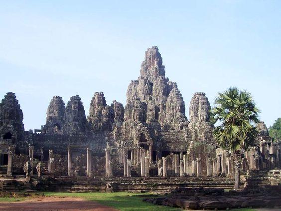 Angkor Thom - thành phố vĩ đại của người Khmer