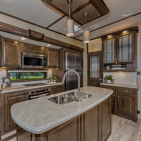 Pin On Solitude Luxury Fifth Wheel Interiors