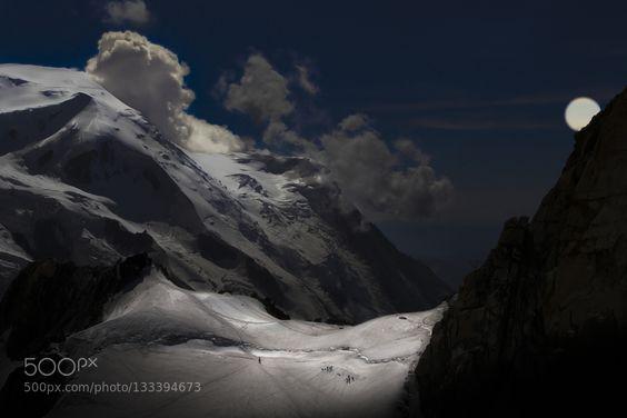 the assault of Mont Blanc - Pinned by Mak Khalaf Landscapes alpesalpinistealpschamonixchamonix-mont-blanccloudsfrancefull moonhaute-savoiemont blancmoonmountainmountaineermountainsnightskysnowcordé by gerarddarnis