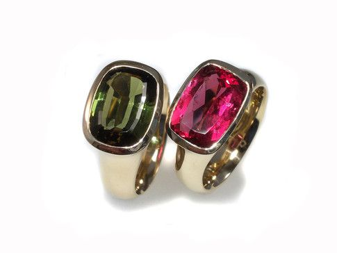 Almost twins - 2 rosé gold 14 kt  rings with african tourmaline...one in beautiful green and the other with the amazing rubelith color unique pieces and handmade in our galerie