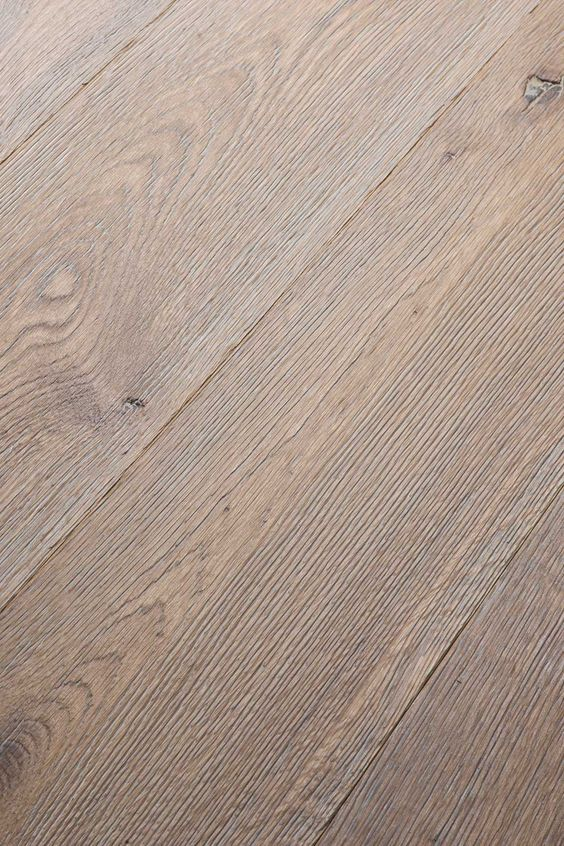Combining natural richness and grain with a velvety surface that feels truly delightful underfoot. A special brushing process accentuates the grain and structure of the plank. Beautiful knots and dramatic character marks burst into life to create a wooden floor of real depth.