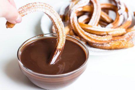 Churros-mit-Schokoladensauce-Churros-con-Chocolate-spanisches-Gebäck-Rezept-07