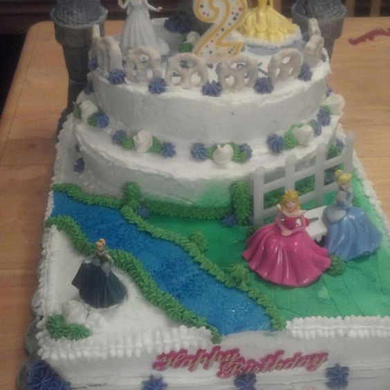 Princess cake by Tammy Hall
