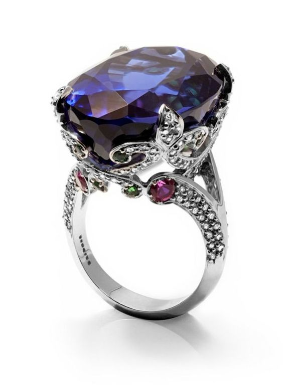 Le Rêve 35.10 carat Tanzanite, Tsavorite, Pink Sapphire and Diamond Ring by Carpal Tunnel Gadgets