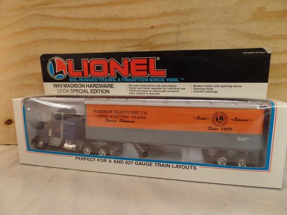LIONEL TRAIN 1/43 LCCA MADISON HARDWARE SEMI TRUCK TRACTOR TRAILER SET 6-52025  https://t.co/OsL0srqnCO https://t.co/kcuPCxt8Er http://twitter.com/Soivzo_Riodge/status/774443266607636480