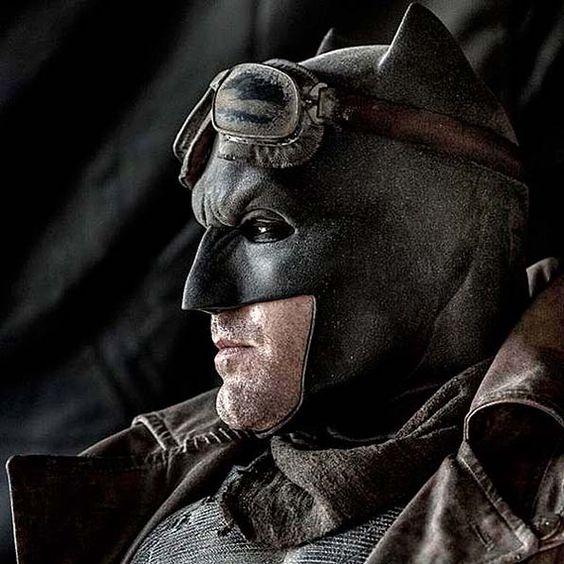 Ben Affleck en el desierto como Batman