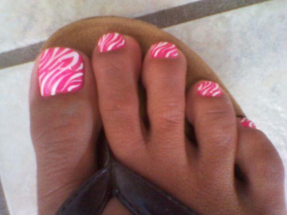 Hot pink zebra...@Erica Cerulo Cerulo Cerulo Cerulo Mobley I think you could do this!!!