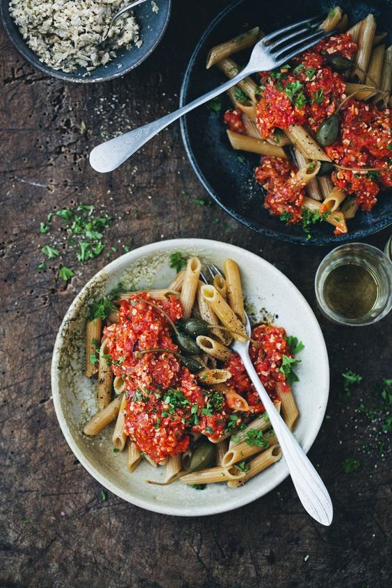 Penne Pomodoro with Vegan Tuna:
