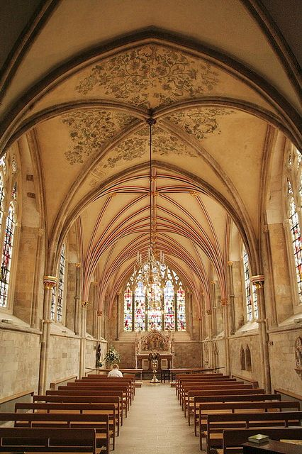 Lady Chapel in Chichester Cathedral | by Esti Solana