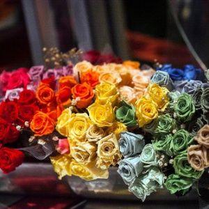 Com técnica de preservação de flores, é possível guardar o buquê por até 15 anos