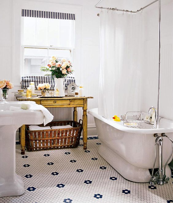 Awesome Vintage Bathrooms Bathroom And Bathroom Ideas On Pinterest Largest Home Design Picture Inspirations Pitcheantrous