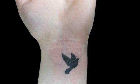 Bird tattoos on wrist