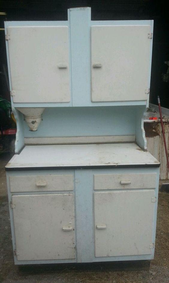 Antique hoosier cabinet flour mill bin vintage kitchen for Antique kitchen cabinets with flour sifter