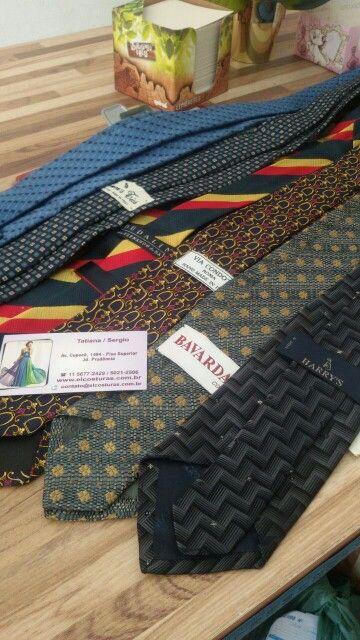 Que tal afinar aquelas gravatas antigas e deixá -las mais modernas?  Fazemos isso pra você.   Acesse www.elcosturas.com.br