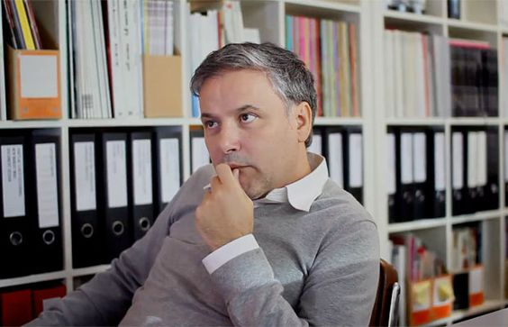 Fernando Gutiérrez http://fernandogutierrez.co.uk/ http://de.phaidon.com/agenda/graphic-design/articles/2012/november/28/former-pentagram-partner-fernando-gutierrez-talks-about-harpers-bazaar-and-fabien-baron/