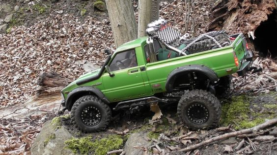 Flubber Axial Scx10 Toyota Hilux  #rc #flubber #axial #scx10 #toyota #hilux #toyotahilux #axialscx10