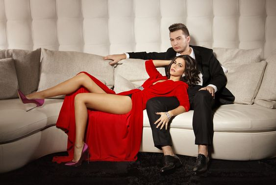 Liviu Hodor si Mona – Je t'aime    Liviu Hodor pregates http://bloggie.drgss.com/liviu-hodor-si-mona-je-taime-teaser