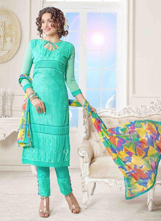 Hina Khan Green Salwar Suit   Item Code: 5071