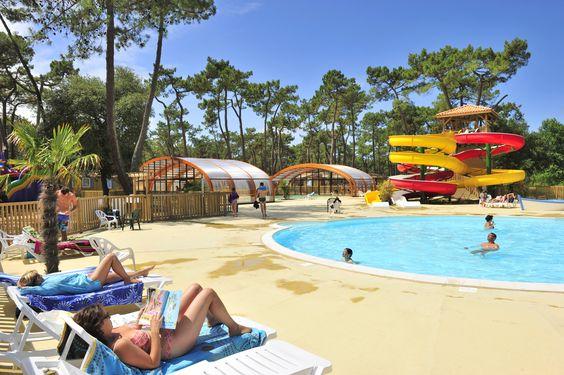 En Charente-Maritime, au cœur de la presqu'île d'Arvert, Le Camping Le Zephir se situe à seulement 500m des plages de sable et 17km de Royan, et vous propose des locations  de mobil homes récents entièrement équipés.   Le camping offre un bel espace aquatique avec 1 piscine extérieure, 1 piscine couverte et chauffée, 2 Toboggans, et 1 pataugeoire ludique pour les plus petits !