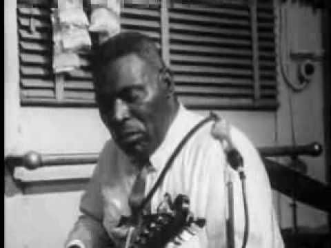 Howlin' Wolf - Meet Me In The Bottom -